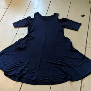 NWOT ANNABELLE Navy Blue Dress